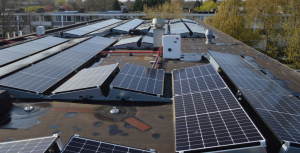 Zonnepanelen op een nieuw dak, dankzij MJOP
